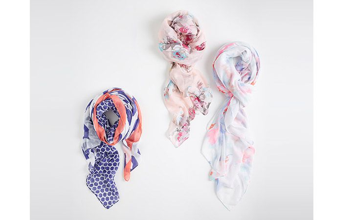 joules printed harmony scarfs