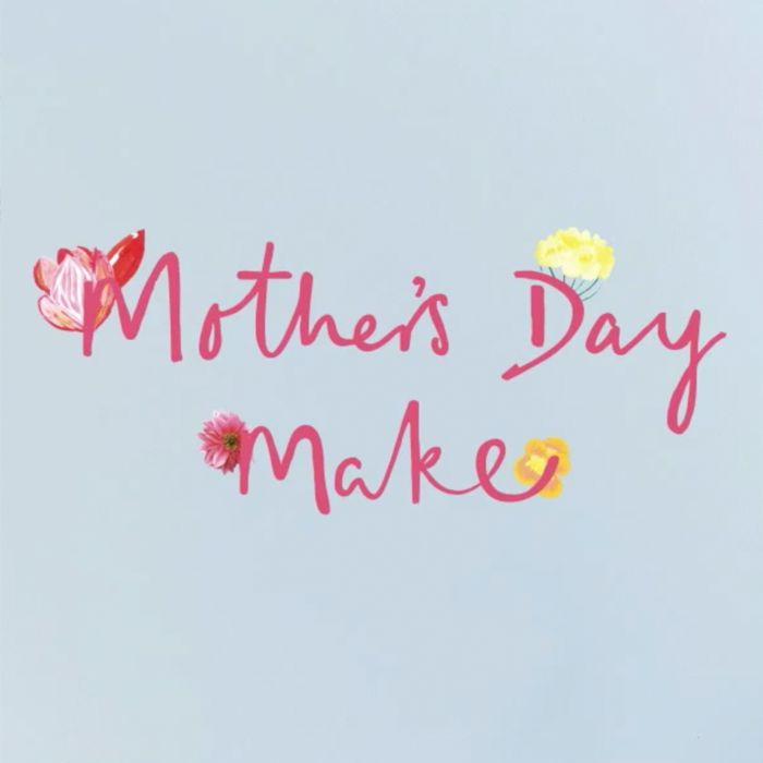 The How do guide to making a paper tulip flower gift this mother's day