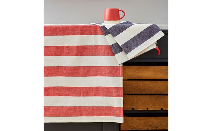 matching yarn dyed striped and chambray tea towels