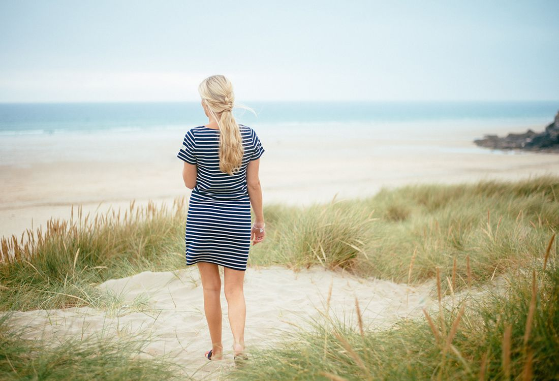Our friend Olivia Bossert has recently had some of her beautiful coastal shots featured on our Instagram account. She knows a thing or two about lifestyle photography and not to mention her home of Cornwall. So we asked her to share her photography inspirations and to pass on her Cornwall insider tips .
