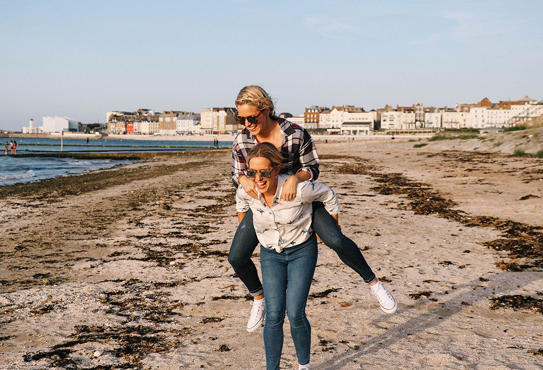 Packing tips for a weekend trip with the experts: Twins that Travel