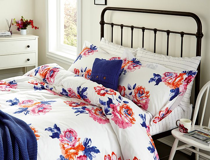 Joules role printed bedding