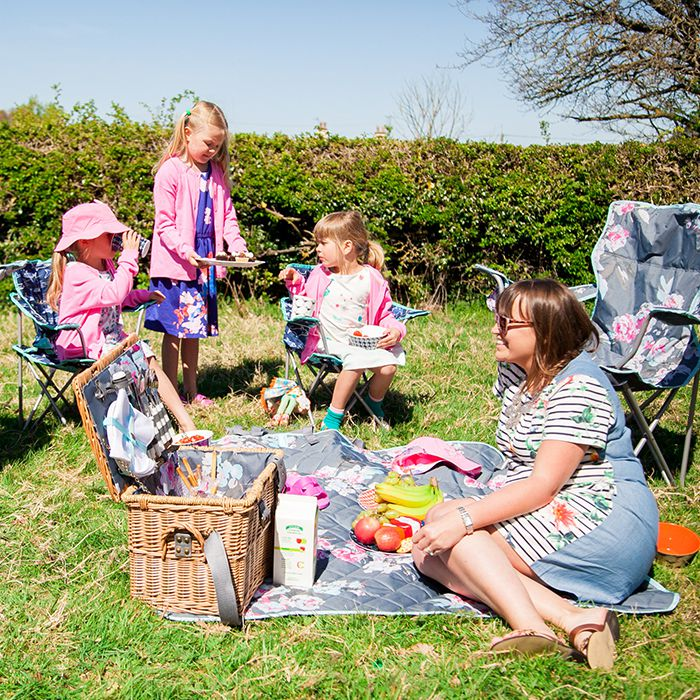 A Joules Picnic with Mini Travellers and The Ordinary Lovely