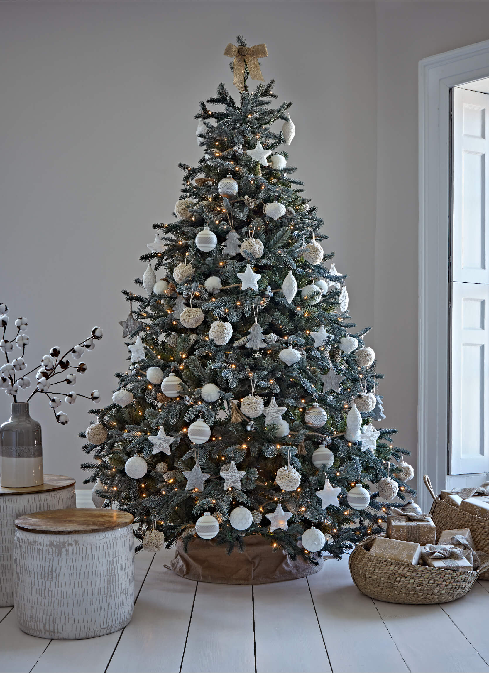 How To Dress Your Christmas Tree, With Cox & Cox - The ...