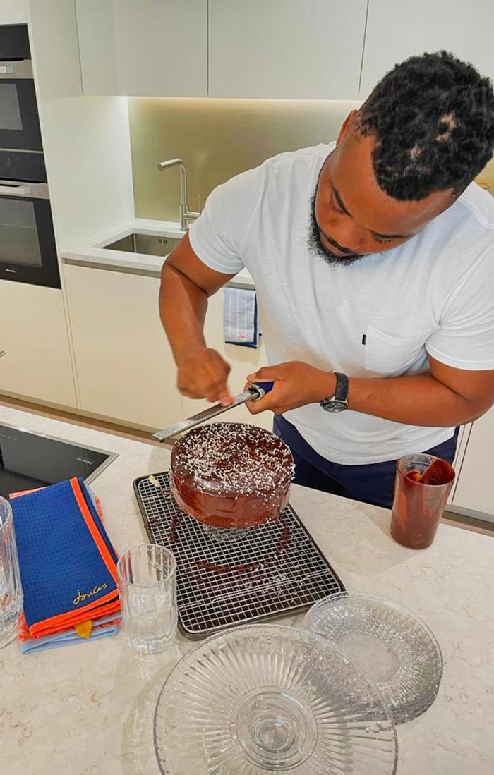 Selasi cake